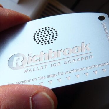Richbrook Wallet Ice Scraper